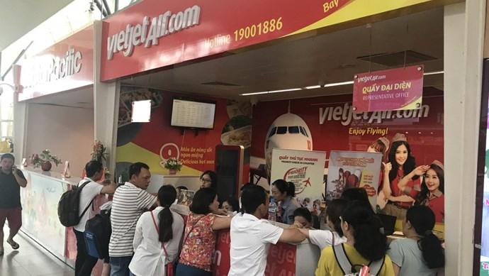 Hành khách bức xúc vì Vietjet hoãn hàng loạt chuyến bay