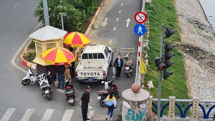 Cầu Hòa Mục: Chốt cảnh sát gây cản trở giao thông