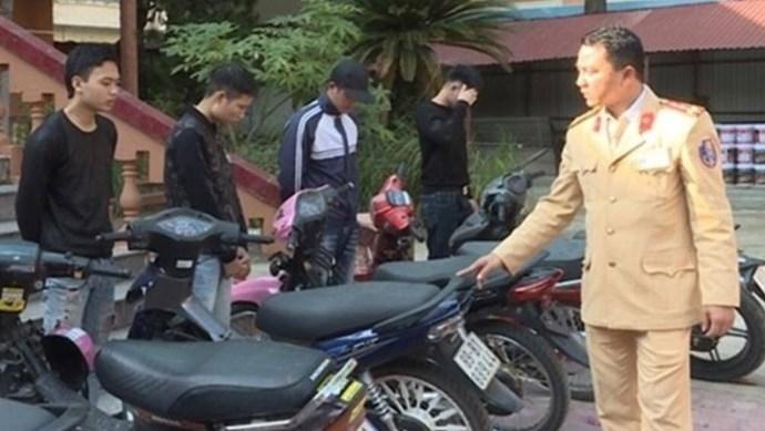 Xử lý nghiêm các trường hợp lái xe đánh võng, lạng lách tại Hưng Yên