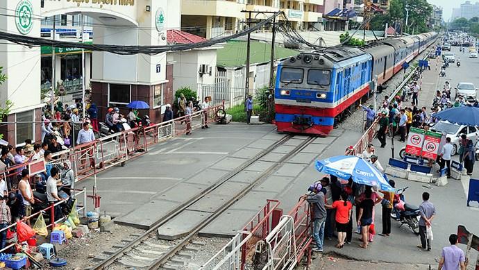 Hà Nội: Hơn 1.130 vị trí vi phạm hành lang, hạ tầng đường sắt