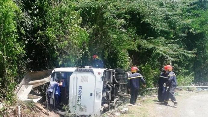 Làm rõ việc xe khách lật trong vườn quốc gia Phong Nha - Kẻ Bàng đã bị hoán cải