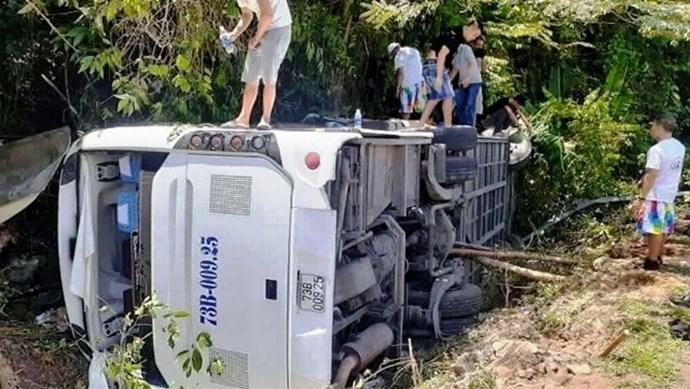 Khởi tố tài xế xe khách lật trong vườn quốc gia Phong Nha – Kẻ Bàng khiến 15 người chết