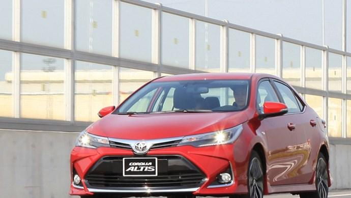 Toyota Việt Nam triệu hồi gần 3 nghìn xe Vios và Corolla Altis