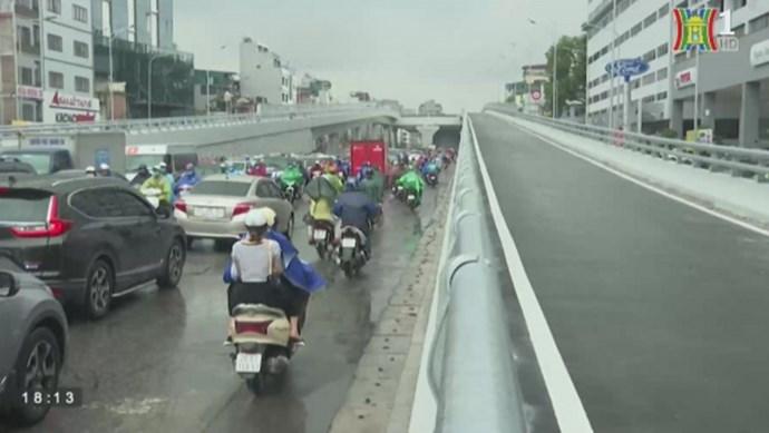 Giải quyết bài toán ùn tắc giao thông từ góc nhìn tuyến đường Trường Chinh