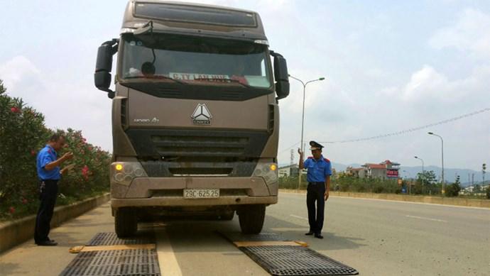 Xe quá tải bùng phát trở lại, trên 600 tài xế bị tước giấy phép lái xe