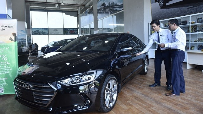 """Thị trường ô tô những tháng cuối năm 2020: Hy vọng """"ấm"""" trở lại"""