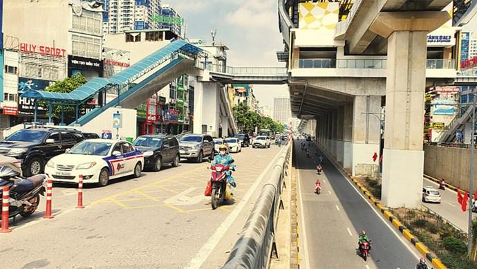 Nút giao Nguyễn Trãi - Khuất Duy Tiến: Ùn tắc vì quá nhiều điểm mở gây xung đột