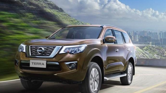 Giá xe ô tô hôm nay 26/11: Nissan Terra dao động từ 899-1.098 triệu đồng