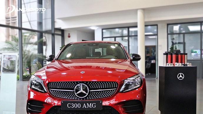 Giá xe ô tô Mercedes tháng 5/2021: Ưu đãi 50% phí trước bạ