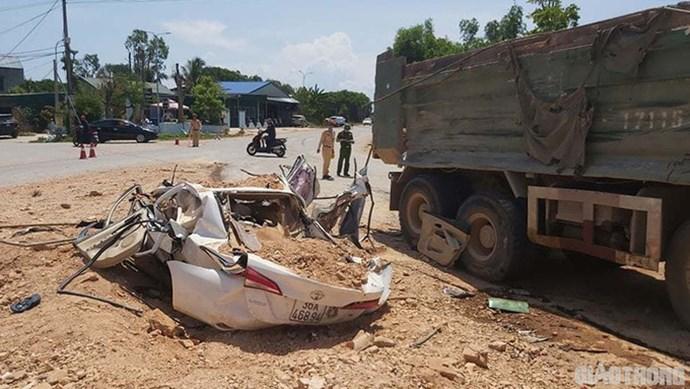 Thanh Hoá: Xe tải tông chết ba người đã hết hạn đăng kiểm từ lâu