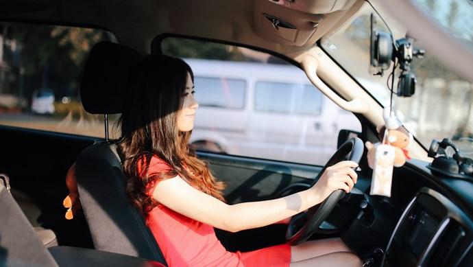 Ngồi trong ô tô quá lâu dưới trời nắng tiềm ẩn nhiều nguy hiểm