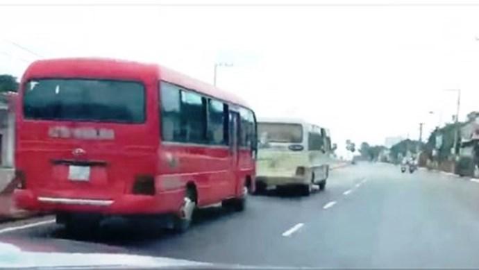 Xử lý nghiêm hai xe khách rượt đuổi nhau ở Tây Nguyên