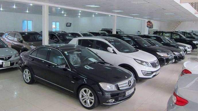 Có nên chọn ô tô cũ, giá rẻ khi lần đầu mua xe?