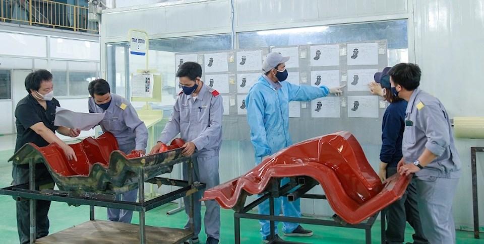 THACO xuất khẩu khung ghế composite cho hãng Recaro