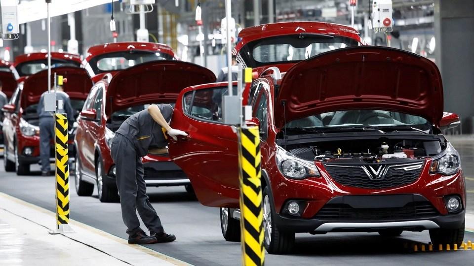 Loạt chính sách chưa từng có giúp vực dậy thị trường ô tô Việt 2020