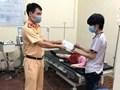 Hà Nội: CSGT giúp phụ nữ từ phía Nam qua cửa ngõ Thủ đô trở dạ sinh con
