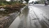Xuất hiện điểm đổ trộm phân bùn mới trên Đại lộ Thăng Long