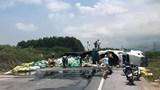 Hà Tĩnh: Ba xe container va chạm, giao thông QL1 ách tắc hoàn toàn