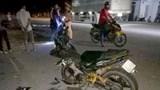 Ô tô đâm xe máy làm 2 người bị thương nặng rồi chạy trốn