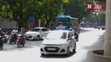 Hà Nội: Taxi ngang nhiên di chuyển trong đường cấm
