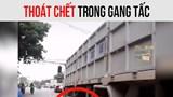 Va chạm với xe máy đi ngược chiều, người đàn ông may mắn thoát chết dưới bánh xe tải