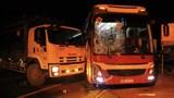 Xe khách va chạm với xe tải khiến hành khách hoảng loạn, QL20 ách tắc cục bộ