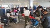 Trộm ví tiền tại Nội Bài, khách Hàn Quốc bị tóm gọn khi hạ cánh Cam Ranh