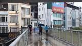 Hà Nội: Cầu bộ hành đường Hồ Tùng Mậu đã hết... nhếch nhác!