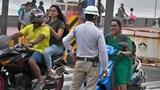 Người đi xe máy phải trả phí bảo hiểm cao hơn nếu vi phạm luật giao thông