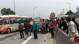 Nghệ An: Va chạm với xe ô tô bán tải, 1 phụ nữ tử vong