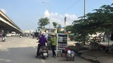 """Tái diễn tình trạng """"họp chợ"""" trên đường Nguyễn Xiển"""