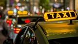 Taxi Hà Nội sẽ có 5 màu sơn, phải mở tài khoản điện tử để trả phí tự động?