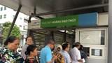 Gần 100 nghìn người cao tuổi Thủ đô làm thẻ xe buýt miễn phí
