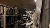 Xe tải lật nghiêng sau va chạm với xe khách trong hầm Thủ Thiêm