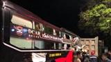 Xe khách tông đuôi xe tải khiến 4 người bị thương