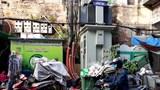 Hình ảnh xấu trên phố Hàng Bồ