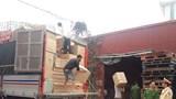 Bắt giữ 3 ô tô chở hơn 20 tấn hàng lậu trên cao tốc Hà Nội - Lào Cai