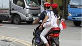 Đi xe điện gây tai nạn, thiếu niên người Việt bị giam 7 ngày tại Singapore