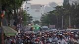 """TP Hồ Chí Minh: Đường xá """"nghẹt thở"""" những ngày trước Tết Nguyên Đán 2020"""