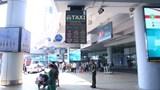 Taxi có thể hoạt động tại sân bay Nội Bài và ga Hà Nội trong thời gian cách ly xã hội