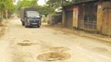 Cải tạo đường giao thông xã Hữu Hòa, huyện Thanh Trì: Người dân mong từng ngày