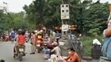 Tại phường Đại Mỗ, quận Nam Từ Liêm: Chợ họp tràn ra đường trong thời điểm cách ly xã hội