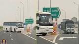 Xử phạt lái xe chở công nhân Samsung đi ngược chiều trên cao tốc Bắc Giang - Lạng Sơn