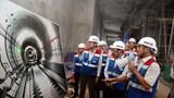 Phó Thủ tướng thị sát tuyến metro số 1 của TP Hồ Chí Minh