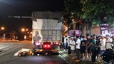 """Tai nạn giao thông mới nhất hôm nay 13/7: Say rượu đi xe máy """"thông chốt"""" 911, đâm trọng thương cụ già"""