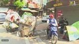 Rác ngập phố phường Hà Nội