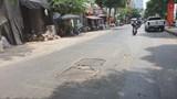Đường Kim Giang gập ghềnh miệng cống