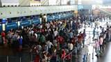 Trễ chuyến bay do đến muộn, nam hành khách nhổ nước bọt vào nhân viên hàng không
