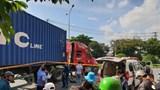 Va chạm với xe container, 2 người phụ nữ tử vong thương tâm