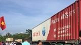 Hà Tĩnh: Va chạm với xe container, 2 người đi xe máy thương vong